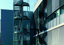 Stahlbaustiegenkonstruktion für Firma HESDAG