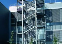 Stahlbaustiegenkonstruktion für Firma HESDAG - Auhof Wien
