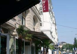 Vordach Theater an der Wien